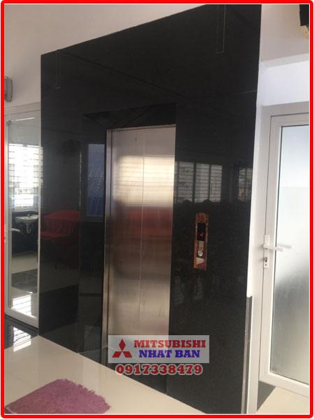 thang máy chung cư cao tầng