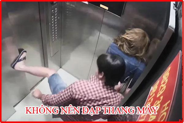 thang máy khi mất điện