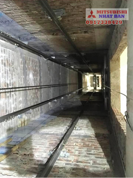 vị trí giếng trời lắp thang máy