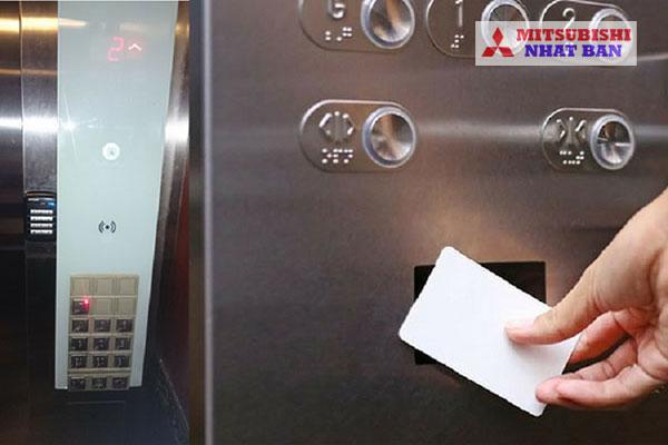 hệ thống kiểm soát thang máy bằng thẻ từ