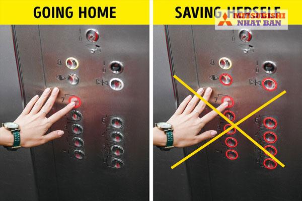 không nên bấm nhiều nút trong thang máy