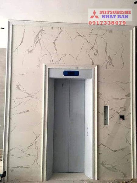 mẫu đá ốp thang máy đẹp - 1