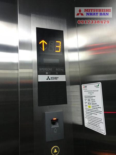 tải trọng thang máy 600kg tải được 9 người