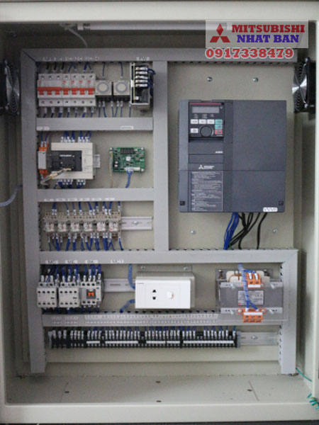 tủ điều khiển thang máy 2