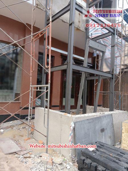 khung thang máy hợp kim thép cho thang máy ngoài trời