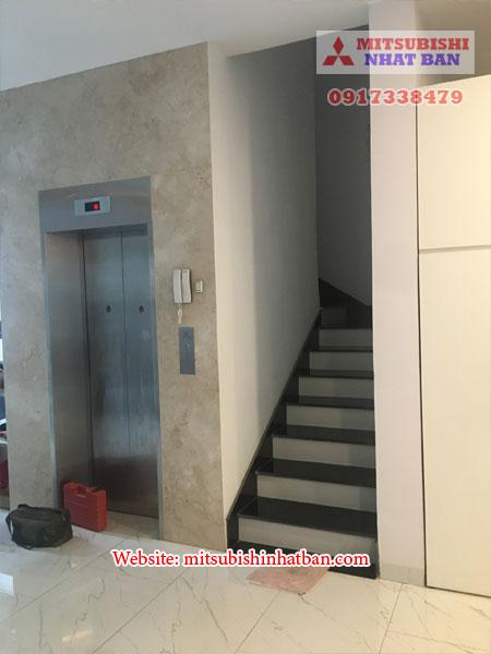 mẫu thang máy dùng khung bê tông